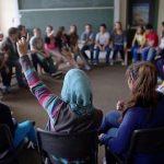 ألمانيا تفكر بحظر الحجاب في المدارس