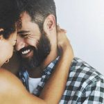 هل الرجال أكثر تحفظا من النساء بعد الزواج ؟