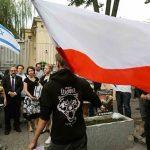 القانون البولندي يُشجع دولاً أخرى على التحرر من تبعات الهولوكوست